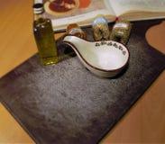Καρύκευμα, σάλτσα, ελαιόλαδο, cookbook Στοκ Εικόνες