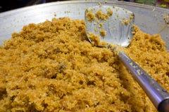 Καρύδα που τηγανίζεται Στοκ φωτογραφία με δικαίωμα ελεύθερης χρήσης