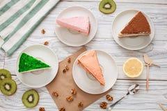 Καρύδια ακτινίδιων κέικ Στοκ φωτογραφία με δικαίωμα ελεύθερης χρήσης
