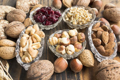 Καρύδια, μικρόβιο σίτου και τα βακκίνια Στοκ φωτογραφία με δικαίωμα ελεύθερης χρήσης