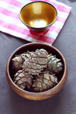 Καρύδια πεύκων Στοκ Εικόνες