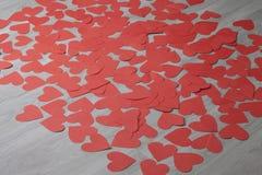 Καρδιά από το κόκκινο έγγραφο Στοκ φωτογραφία με δικαίωμα ελεύθερης χρήσης
