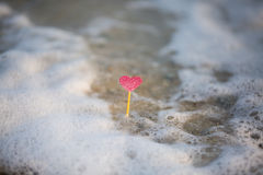 Καρδιά στην παραλία, θερινές διακοπές, ρομαντικές καλοκαιρινές διακοπές, SE Στοκ φωτογραφίες με δικαίωμα ελεύθερης χρήσης
