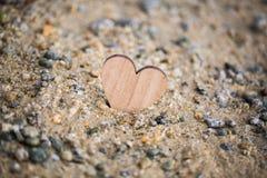 Καρδιά στην παραλία, θερινές διακοπές, ρομαντικές καλοκαιρινές διακοπές, SE Στοκ Εικόνες