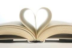 Καρδιά στις σελίδες βιβλίων Στοκ Εικόνα