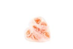 Καρδιά των ρόδινων τριαντάφυλλων με τα τόξα Στοκ φωτογραφία με δικαίωμα ελεύθερης χρήσης