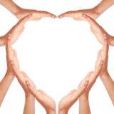 καρδιά χεριών που κάνει τη μ στοκ εικόνα με δικαίωμα ελεύθερης χρήσης