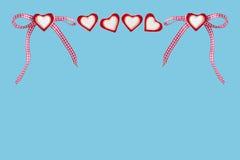 Καρδιές και ελεγχμένος βρόχος στοκ εικόνα με δικαίωμα ελεύθερης χρήσης