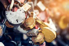 Καρδιές κλειδαριών μετάλλων Στοκ εικόνα με δικαίωμα ελεύθερης χρήσης