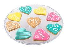 Καρδιές μπισκότων σε ένα πιάτο Στοκ εικόνα με δικαίωμα ελεύθερης χρήσης