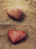 Καρδιές στη γιούτα Στοκ φωτογραφία με δικαίωμα ελεύθερης χρήσης