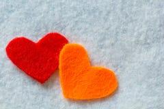 Καρδιές στη σύσταση υφάσματος Στοκ εικόνες με δικαίωμα ελεύθερης χρήσης