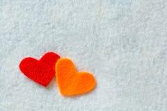 Καρδιές στη σύσταση υφάσματος Στοκ φωτογραφίες με δικαίωμα ελεύθερης χρήσης