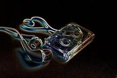 Κασέτα ήχου έννοιας σε έναν μπλε βράχο Στοκ εικόνες με δικαίωμα ελεύθερης χρήσης