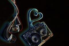 Κασέτα ήχου έννοιας σε έναν μπλε βράχο Στοκ Εικόνα
