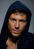 Κατάλληλο νέο αρσενικό πορτρέτο Στοκ Εικόνες