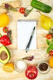 Κατάλογος αγορών, βιβλίο συνταγής, σχέδιο διατροφής Διατροφή ή vegan τρόφιμα στοκ εικόνα με δικαίωμα ελεύθερης χρήσης