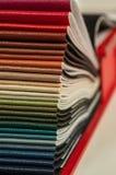 Κατάλογος του πολύχρωμου μίμησης δέρματος από matting το υπόβαθρο σύστασης υφάσματος, σύσταση υφάσματος leatherette, υπόβαθρο βιο στοκ εικόνα