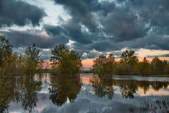 Κατάπληξη sunsets στις στέπες του Καζακστάν Στοκ φωτογραφίες με δικαίωμα ελεύθερης χρήσης