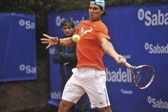 Κατάρτιση του Rafael Nadal στη Βαρκελώνη στην έκδοση 62 των Conde de Godo Trophy πρωταθλημάτων αντισφαίρισης στοκ φωτογραφία με δικαίωμα ελεύθερης χρήσης