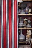 Κατάρ: Αντίκα που πωλείται σε ένα souq Στοκ Φωτογραφίες