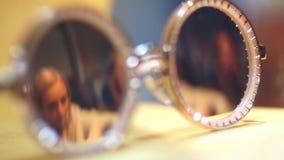 Κατάστημα άποψης γυαλιού ματιών απόθεμα βίντεο