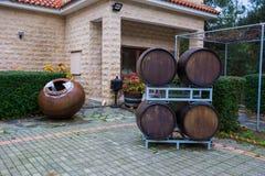 Κατάστημα αμπέλων και βαρέλια αμπέλων Φωτογραφία 2018, Δεκέμβριος ταξιδιού Landsca στοκ φωτογραφίες