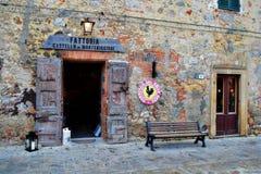 Κατάστημα κρασιού στην Τοσκάνη, Ιταλία Στοκ Φωτογραφίες