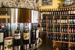 Κατάστημα κρασιού στην Τοσκάνη Στοκ φωτογραφία με δικαίωμα ελεύθερης χρήσης