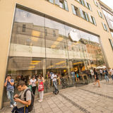 Κατάστημα Μόναχο της Apple Στοκ Φωτογραφίες