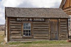κατάστημα παπουτσιών μποτώ& Στοκ φωτογραφία με δικαίωμα ελεύθερης χρήσης