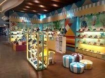 Κατάστημα παπουτσιών παιδιών ` s Στοκ φωτογραφία με δικαίωμα ελεύθερης χρήσης