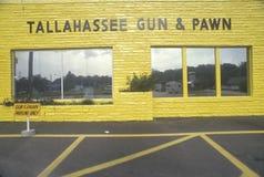 Κατάστημα πυροβόλων όπλων και ενέχυρων, Tallahassee, Φλώριδα Στοκ φωτογραφίες με δικαίωμα ελεύθερης χρήσης