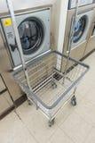 Κατάστημα πλυντηρίων Στοκ εικόνα με δικαίωμα ελεύθερης χρήσης
