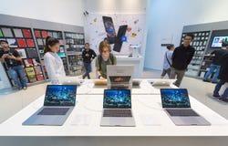 Κατάστημα της Apple σε Plaza χαμηλό Yat, Κουάλα Λουμπούρ Στοκ Φωτογραφίες