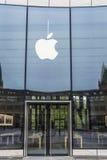 Κατάστημα της Apple στο Ντίσελντορφ, Γερμανία Στοκ φωτογραφίες με δικαίωμα ελεύθερης χρήσης