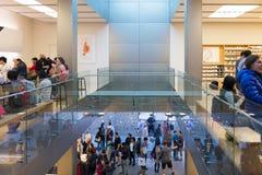Κατάστημα της Apple στο Σαν Φρανσίσκο Στοκ εικόνες με δικαίωμα ελεύθερης χρήσης