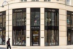 Κατάστημα της Prada Στοκ φωτογραφίες με δικαίωμα ελεύθερης χρήσης