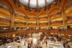 Κατάστημα του Λαφαγέτ Galeries, λεωφόρος αγορών, δημόσια βιβλιοθήκη, κτήριο, βιβλιοθήκη στοκ εικόνες