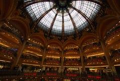 Κατάστημα του Λαφαγέτ Galeries, ορόσημο, αρχιτεκτονική, κτήριο, μητρόπολη στοκ εικόνες