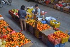 Κατάστημα φρούτων σε Guangzhou, Κίνα στοκ φωτογραφία με δικαίωμα ελεύθερης χρήσης