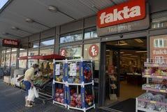 ΚΑΤΆΣΤΗΜΑ FAKTA GROVERY CAIN Στοκ φωτογραφίες με δικαίωμα ελεύθερης χρήσης