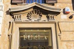 Κατάστημα Furla στη Ρώμη, Ιταλία Στοκ φωτογραφία με δικαίωμα ελεύθερης χρήσης