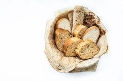 Κατάταξη του ψωμιού στο καλάθι, Στοκ Εικόνες