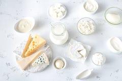 Κατάταξη των γαλακτοκομικών προϊόντων στοκ φωτογραφία με δικαίωμα ελεύθερης χρήσης