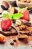 Κατάταξη των λεπτών σοκολατών και των πραλινών Στοκ Φωτογραφίες