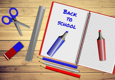 Κατάταξη των σχολικών προμηθειών, πίσω στη σχολική έννοια Στοκ εικόνες με δικαίωμα ελεύθερης χρήσης