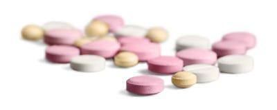 Κατάταξη χαπιών φαρμάκων στο άσπρο υπόβαθρο Στοκ εικόνα με δικαίωμα ελεύθερης χρήσης
