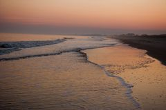 κατά μήκος του ηλιοβασιλέματος νησιών pawleys s γ Στοκ εικόνες με δικαίωμα ελεύθερης χρήσης