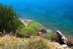 κατά μήκος των παραλιακών δρόμων της Ελλάδας στοκ φωτογραφία με δικαίωμα ελεύθερης χρήσης